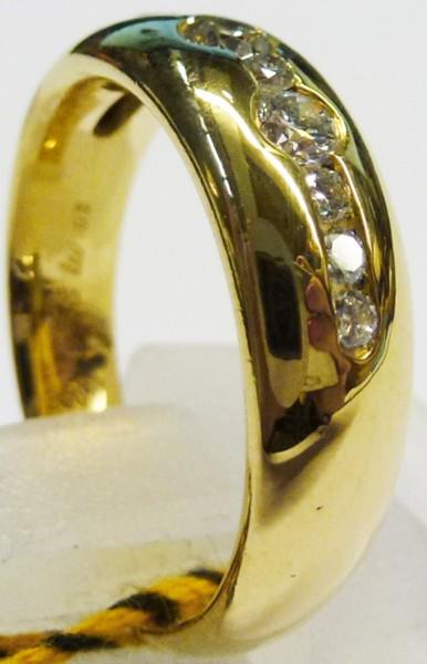 Atemberaubend schön ist der Ring in fei...