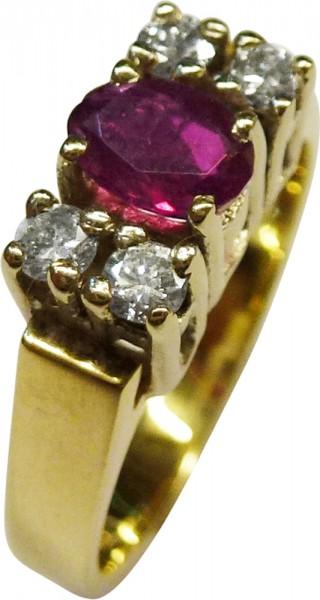 Märchenhafter Ring in feinem Gelbgold 585/-, poliert, mit 4 funkelden Brillanten 0,05ct, zusammen 0,20ct TW/SI, Durchmesser 2,5mm  und 1 facettierter Rubin, Durchmesser 6x4mm, Ringstärke 1 mm, Ringkopfbreite 5,6x10mm, Ringgröße 17,6mm, Gewicht 4,7g. Ein f