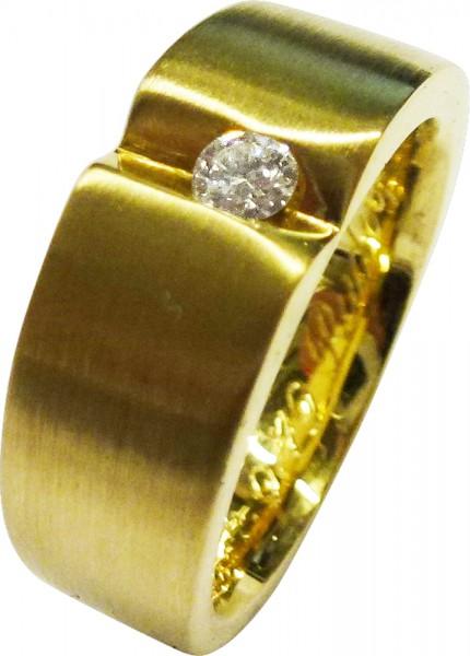 Edler Ring in Gelbgold 750/-, poliert, besetzt mit einem strahlenden Brillanten 0,10ct W/SI, Ringgröße 17,5mm, die Größe kann auf  Wunsch abgeändert werden, Breite 7,7mm, Stärke 1,6mm, Gewicht 12,9g. Ein glamouröses Unikat exklusiv aus dem Hause Abramowic