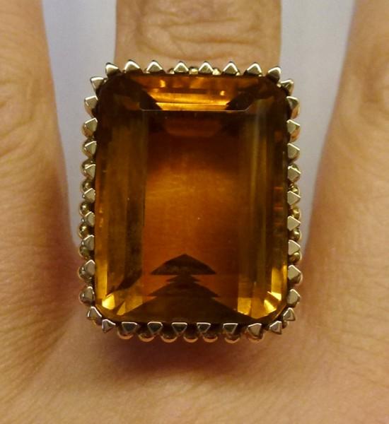 Ring in Rosegold 750/- mit einem Citrin ...