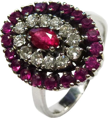 Weissgold Ring 585/- 20 Rubine u 12 Brillanten TW/VSI je 0,03ctzus 0,36ct, Ringkopf Breite 18x14mm, Größe 20mm änderbar