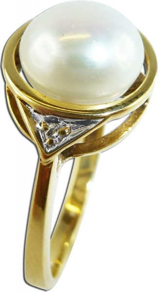 Ring, Perlenring, Gelbgold 585/-, 1 Süßwasserzuchtperle 8mm, 2 Diamanten 8/8 W/P, polierte Ringschiene