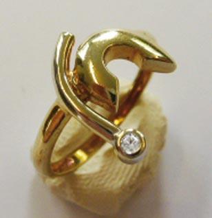 Goldring aus feinem Gelbgold 333/-, bese...