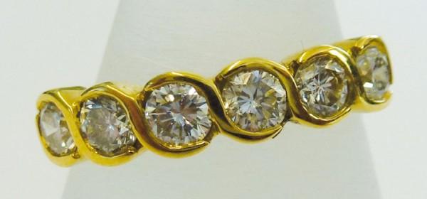 Märchenhafter Ring in Gelbgold 750/- mi...